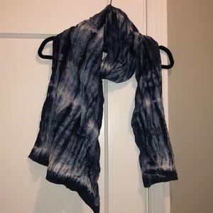 Lucky Brand indigo tie dyed poplin scarf